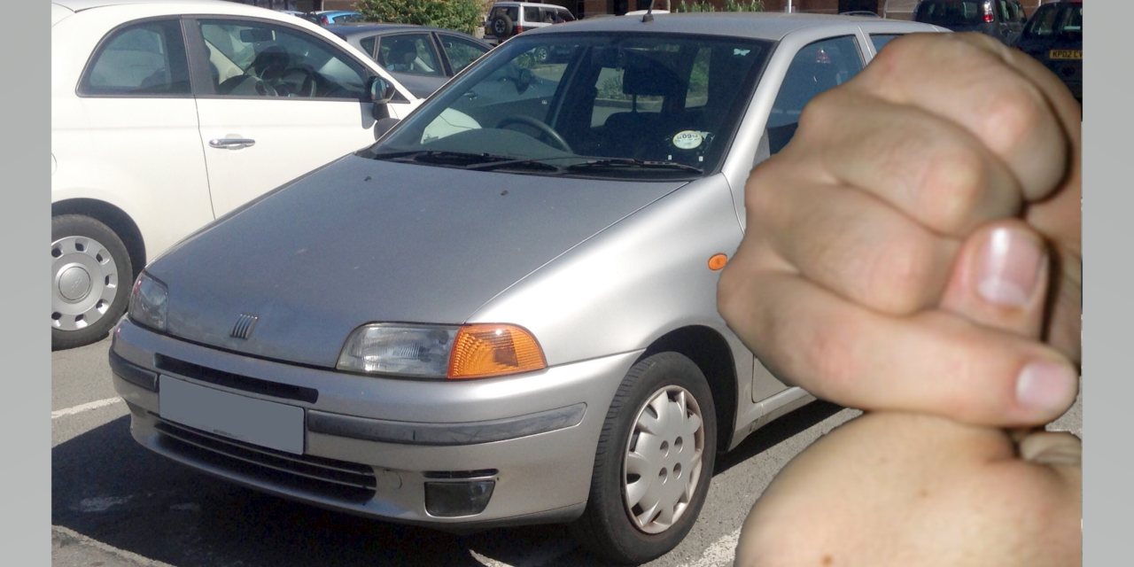 Local Warden Loses Finger in Fiat Punto Fandango